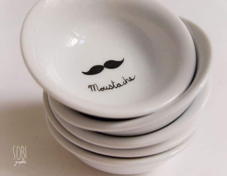 Les assiettes moustache