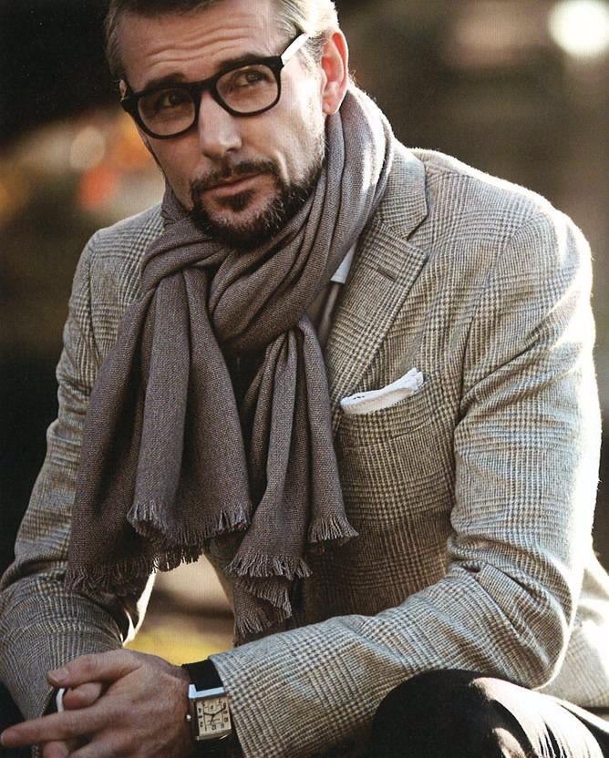 bb006b2b93db Comment porter une écharpe   Conseils et astuces monde pour homme