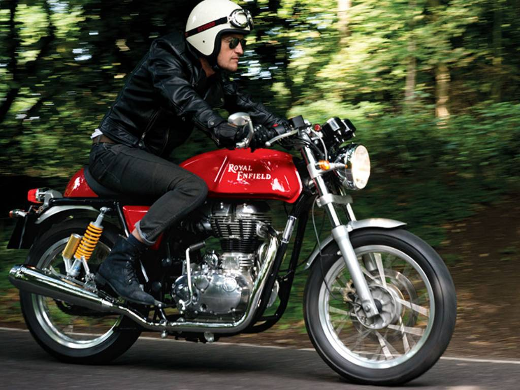 Royal-Enfield-Continental-GT-Ride1