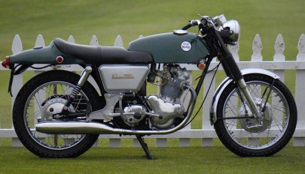 moto-norton-commando-1967