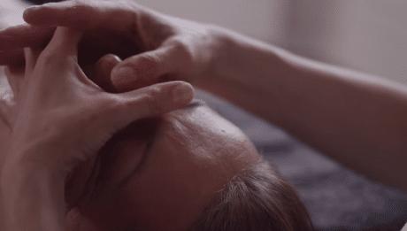massage du visage HoliFitness