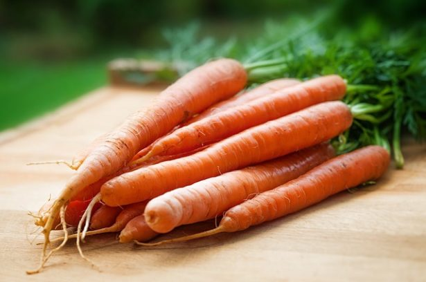 aliments-lutter-acne-carottes