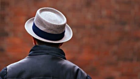 homme-chapeau-chauve-calvitie