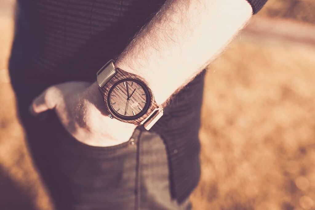 Time For Wood au rendezvous des montres en bois  LHomme