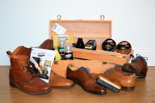 Boîte cirage et produits entretien chaussures Baranne