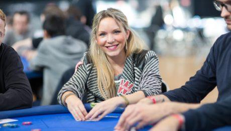 aurelie_quelain joueuse de poker