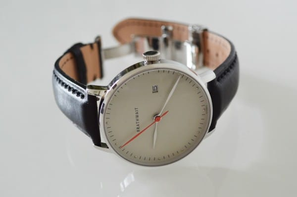 Montre homme automatique Brathwait: « The automatic minimalist wrist watch » //photo de L'HommeTendance.fr