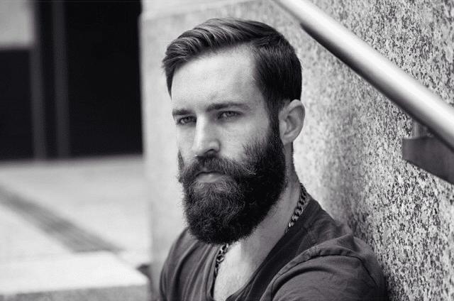 Souvent Prendre soin de sa barbe à la tondeuse: comment faire ? - L'Homme  XN27
