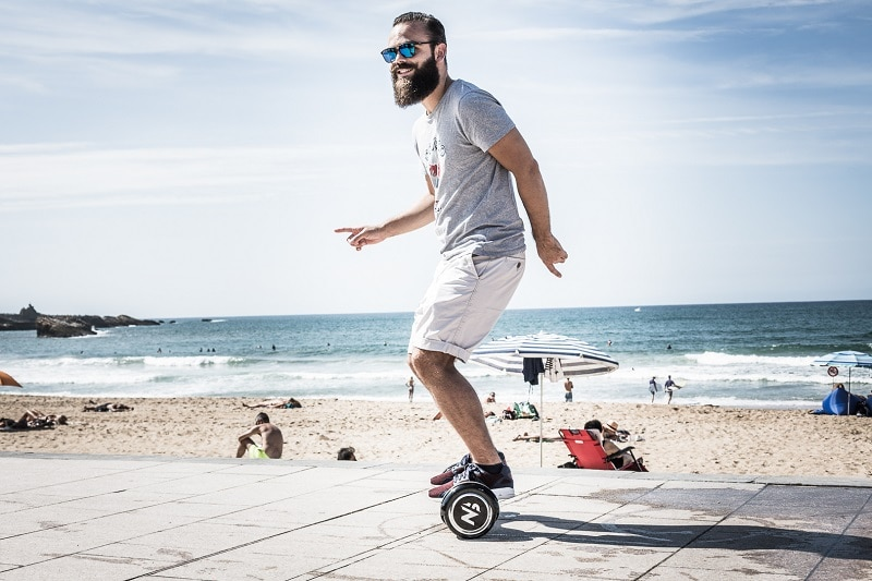 test-hoverboard-homme-tendance