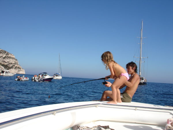 Vacances en famille sur le bateau