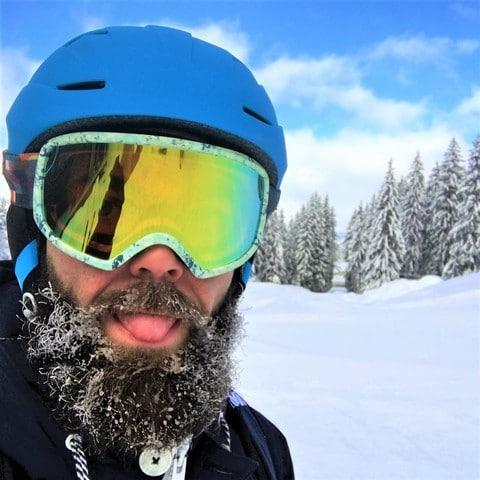 Masque de ski Burton et barbe gelée