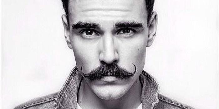 comment prendre soin de sa moustache l 39 homme tendance. Black Bedroom Furniture Sets. Home Design Ideas