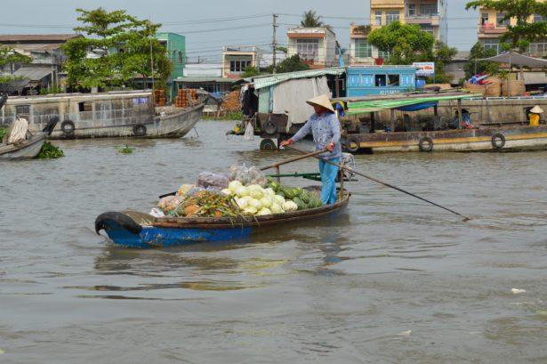 Vietnam - Marché flottant sur le Delta du Mékong