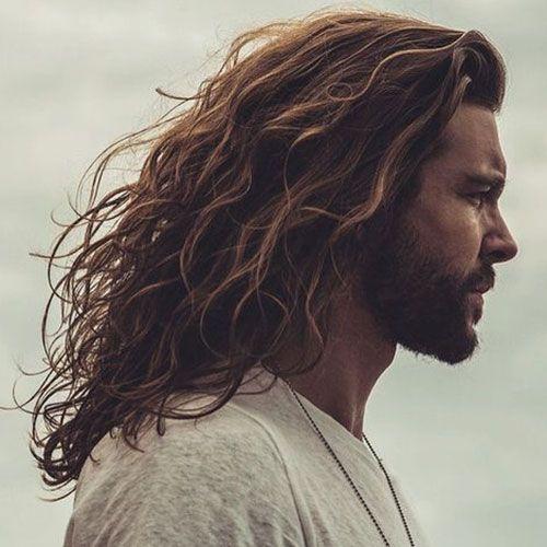 Comment faire pour laisser pousser les cheveux homme