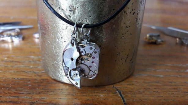 Dec'horloge Collier