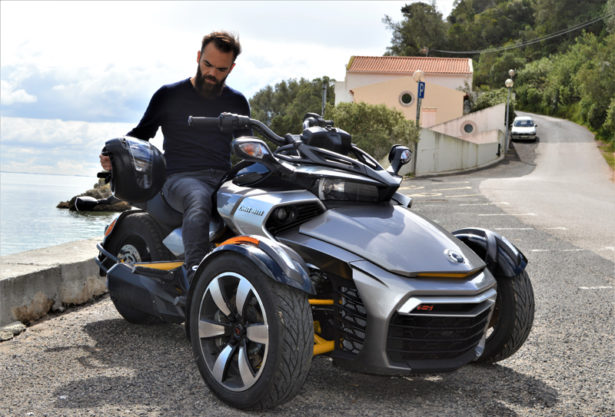 can am spyder moto 3 roues test e sur les routes portugaises. Black Bedroom Furniture Sets. Home Design Ideas