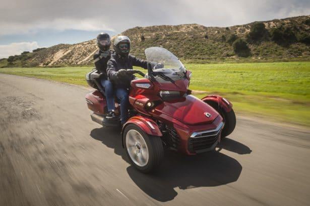 Balade en Can-Am Spyder sur les routes Portugaises: un véritable plaisir à piloter