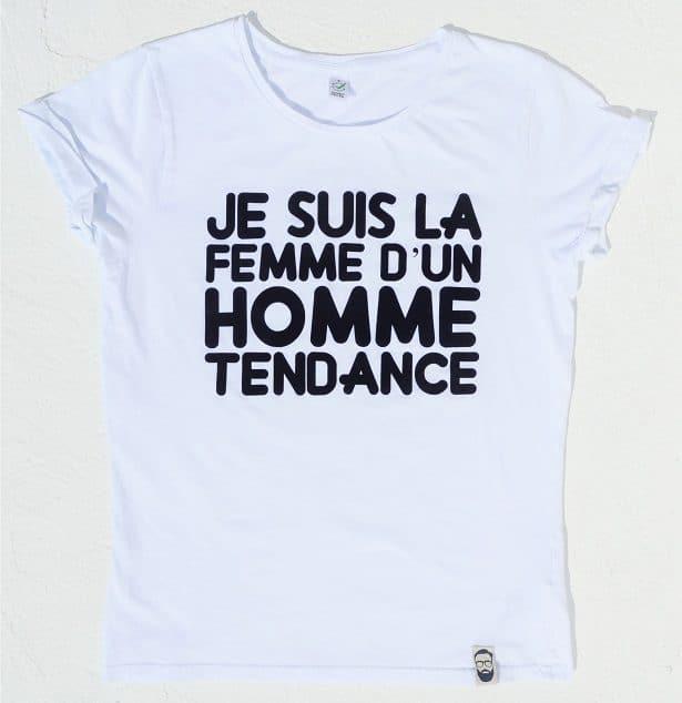 """Profil: T-shirt femme blanc flocage velours et manche retroussées: """"Je suis la femme d'un homme tendance"""""""