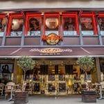 Faites le tour du monde des burgers avec Hard Rock Cafe Paris!
