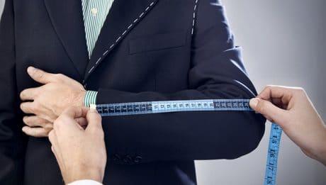 5 raisons de porter un costume sur-mesure