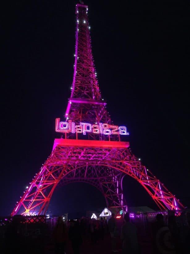 La reproduction de la Tour Eiffel au Lollapalooza
