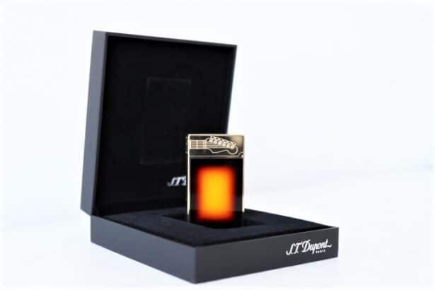 Briquet S.T Dupont collection Fender dans sa boîte