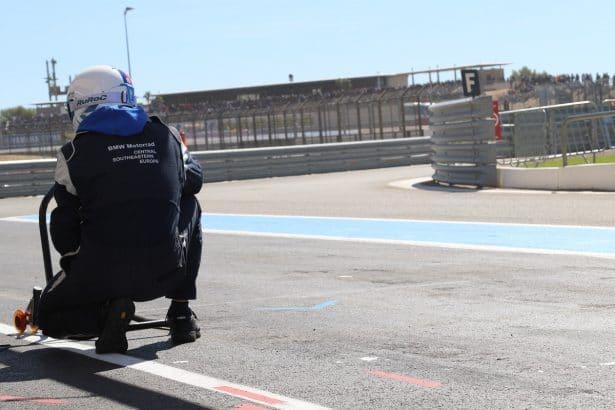 Bol D'or 2017 Team BMW dans l'attente de la moto pour ravitaillement