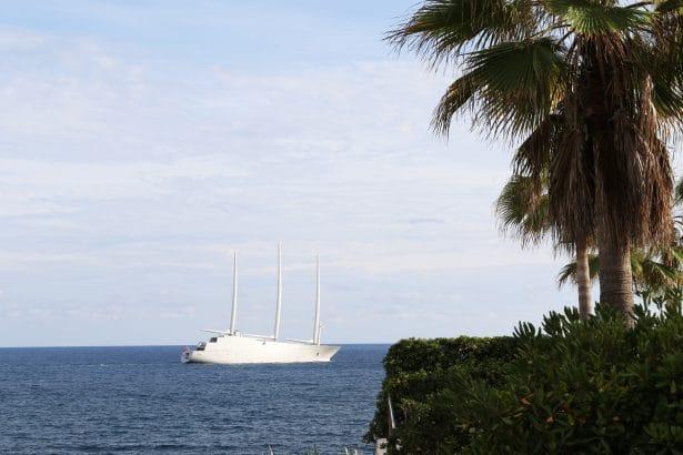 le plus grand yacht voile du monde le a. Black Bedroom Furniture Sets. Home Design Ideas