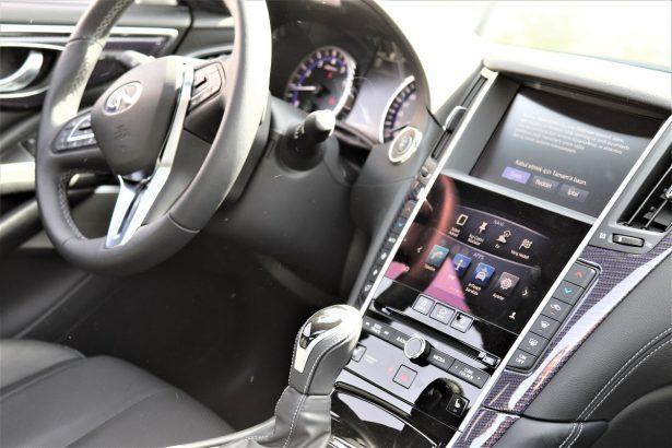 Test drive Q60 INFINITI: intérieur design, luxueux, confortable et ultra connecté