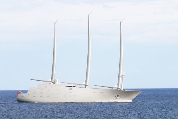 Un bateau unique et au design surprenant - le plus grand yacht à voile du monde - sailing yacht A