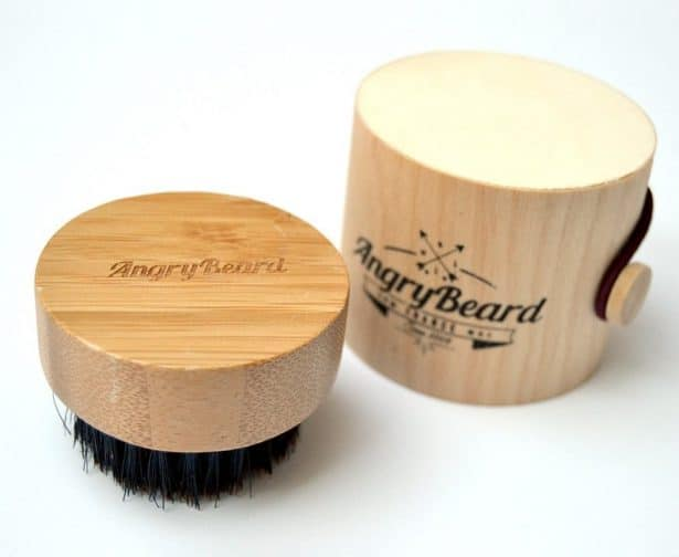 Brosse Ronde 100% en poils de sanglier et bois naturel