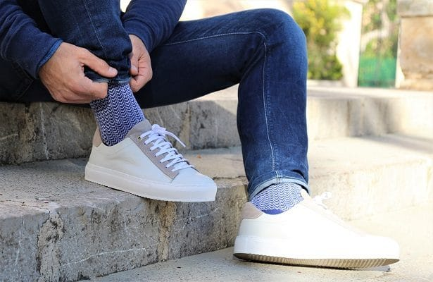 Look streetwear Les Garçons Faciles x LhommeTendance : chaussettes