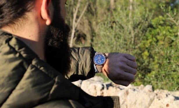 la Regalia est un chronographe à 2 compteurs disposant d'un mouvement Miyota 0S11 et d'un boîtier mince en acier inoxydable de 40mm.
