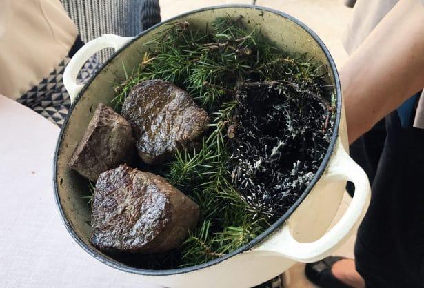 Bœuf fumé au bois de genièvre dans sa cocotte ça sent bon
