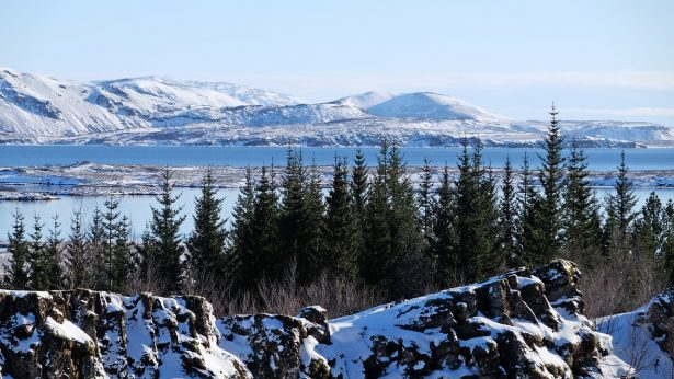 Lac du Parc national de Thingvellir en Islande
