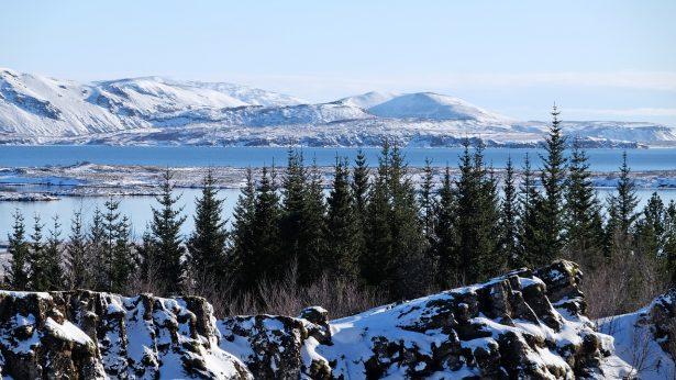 Lac du Parc national de Thingvellir en Islande