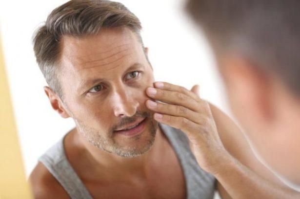 Quelle crème hydratante visage homme choisir ?