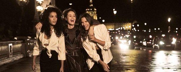 3 demi-soeurs qui se retrouvent à vivre ensemble, un film plein d'humour et d'humanité