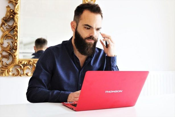 ordinateur-pas-cher-leger-ultrabook-neox-thomson-techno