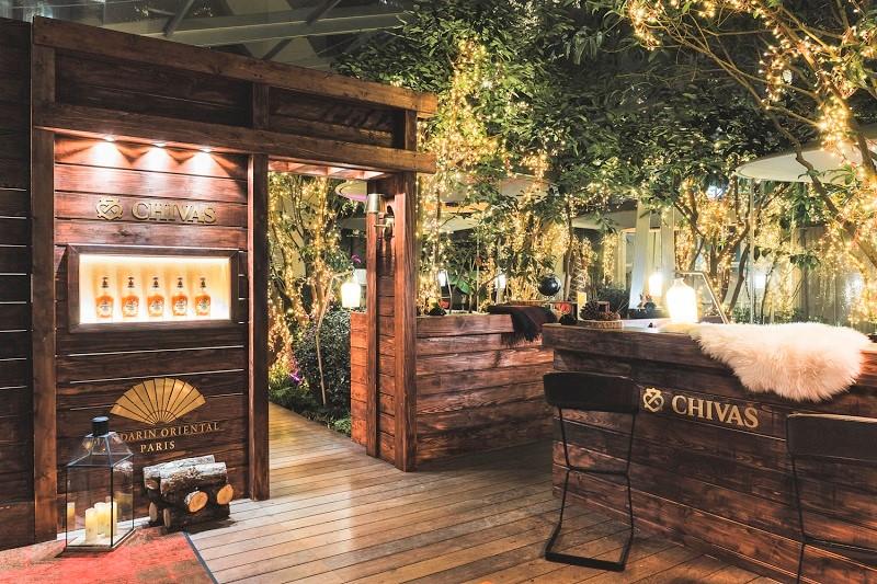 Le bar 8 ouvre son jardin d'hiver en collaboration avec Chivas Regal