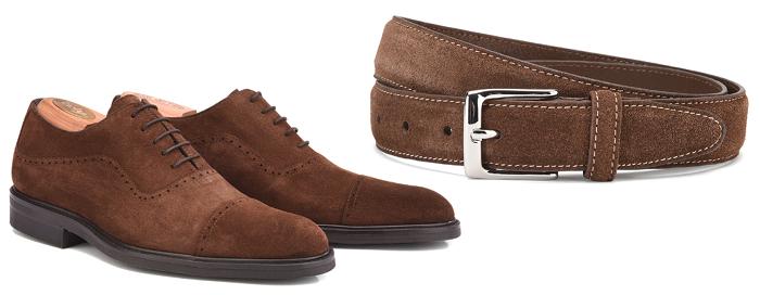 Associer ceinture et chaussures en velours/nubuck