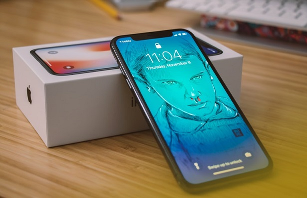 apple-samsung-que-choisir-iphone-x-615x396