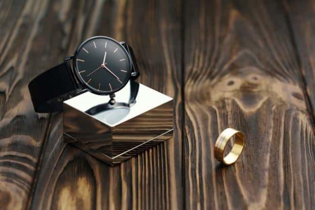 bien-choisir-montre-look-minimaliste
