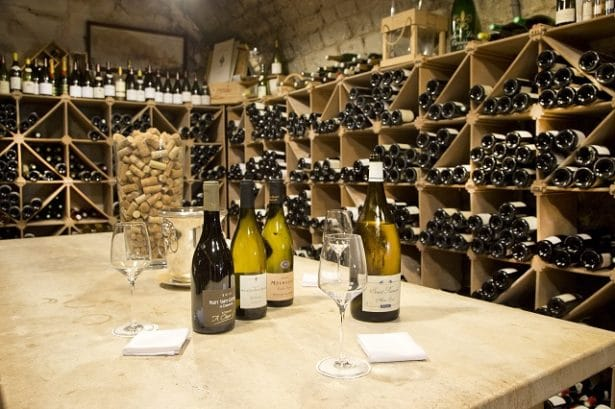 cote-saint-jacques-cave-a-vin