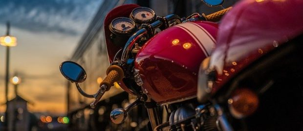 comment-changer-batterie-moto